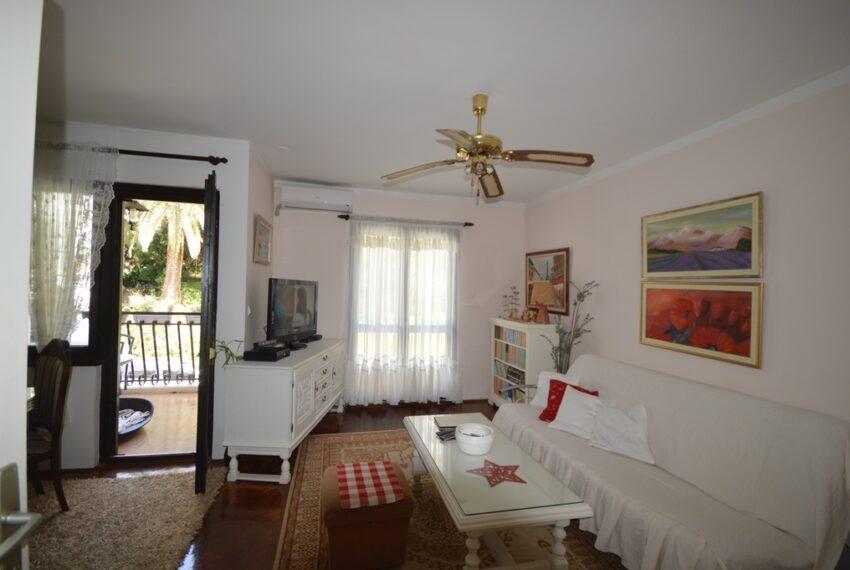 na_prodaju_stanovi_apartmani_herceg_novi_tivat_kotor_igalo_lustica_djenovic_rivijera_montenegro_apartments_combo_for_sale_montenegro(1531)_20161214_1702719858