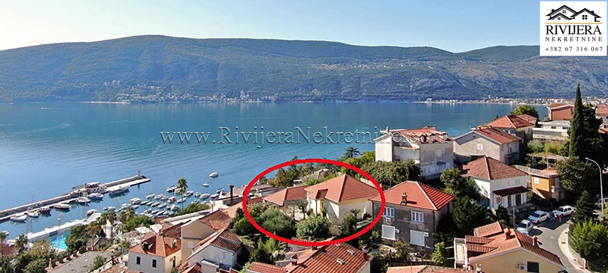Villa in centre old town Herceg Novi