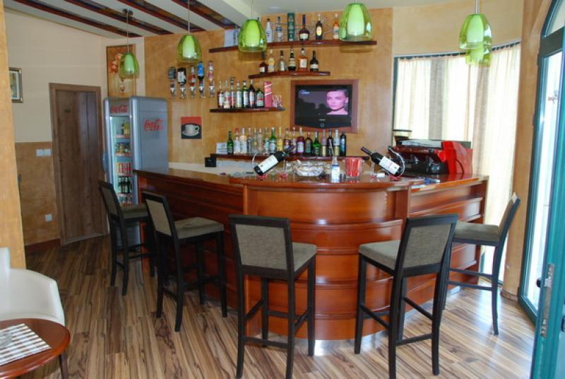 na_prodaju_hotel_herceg_novi_rivijera_montenegro_hotel_for_sale_crna_gora_rivijera_nekretnine(14)_20161223_1672700854
