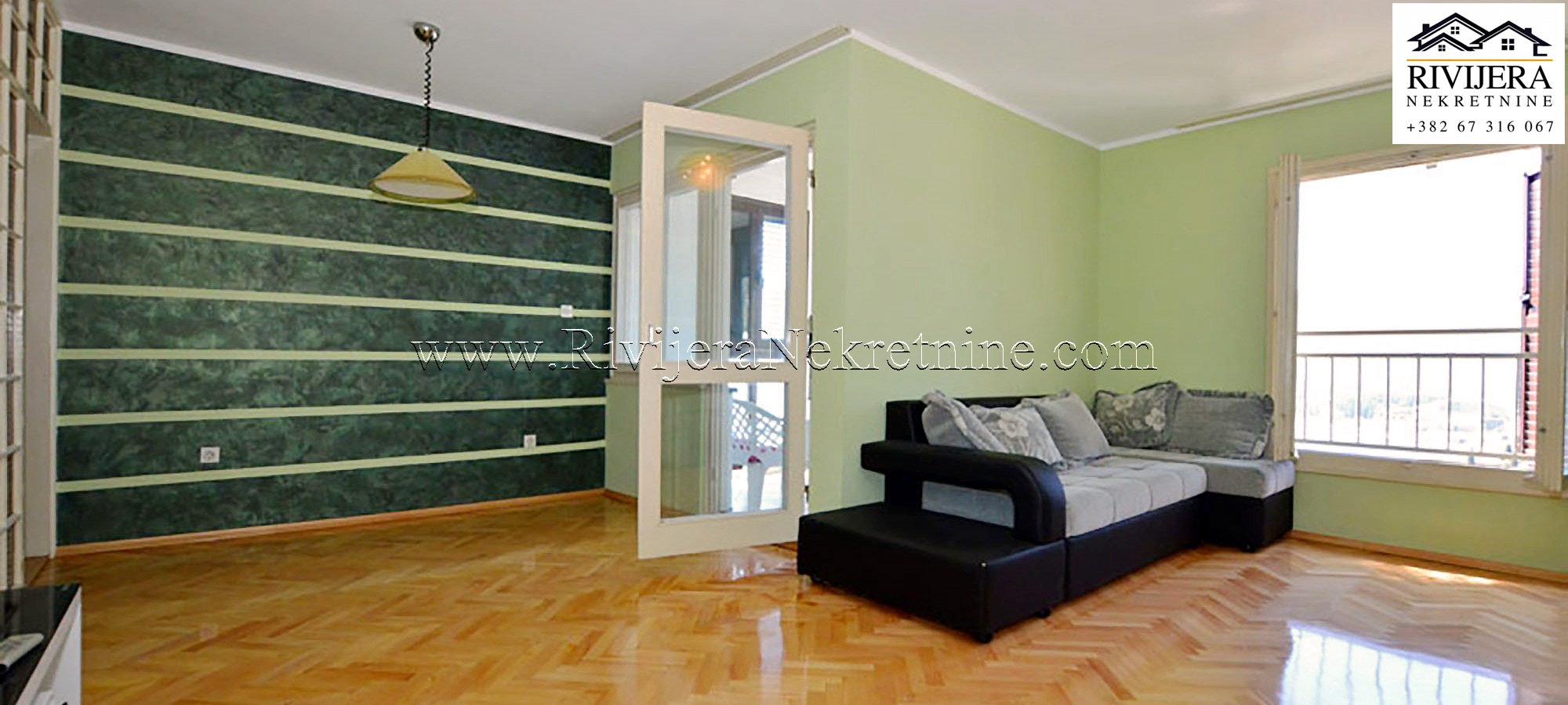 Spacious three bedroom apartment with basement and garage Topla II